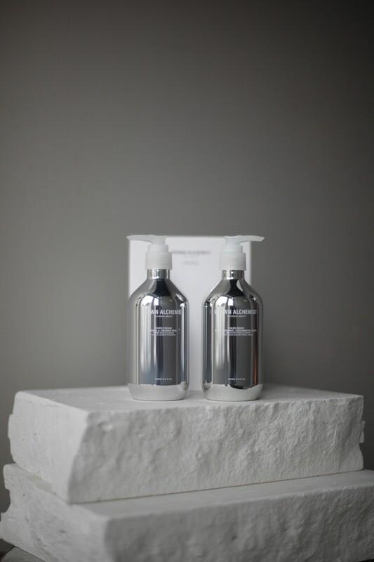 Подарочный набор для рук Grown Alchemist: Жидкое мыло для рук