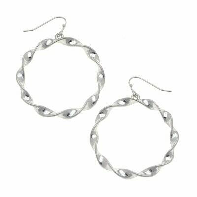 Circle Earrings in Worn Silver
