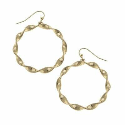 Circle Earrings in Worn Gold