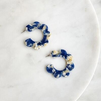 Kelly Acetate Flower Hoop Earrings in Navy