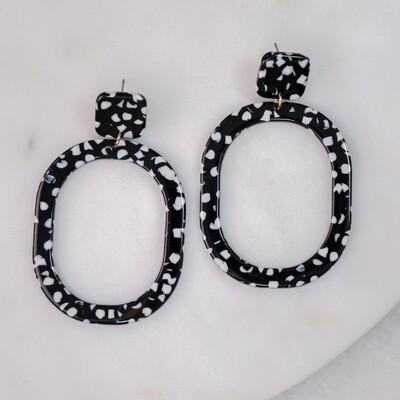 Dublin Acetate Earrings in Black/White