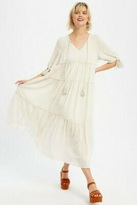 Creme KeyHole Maxi Dress