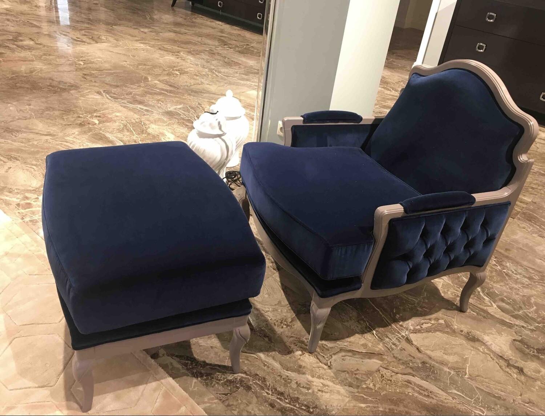 Кресло и Пуф AX407/408.