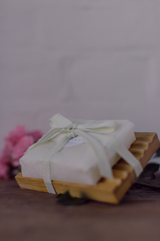 Rose Geranium and Bergamot 110g soap with Bamboo Wood soap dish