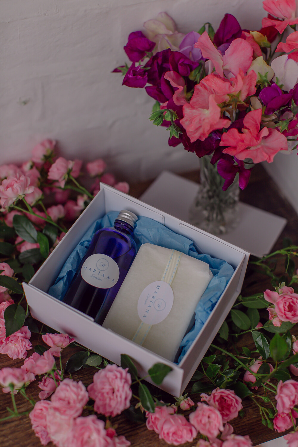 Rose Geranium and Bergamot Bath Oil and 110g Soap in a White Magnetic Gift Box