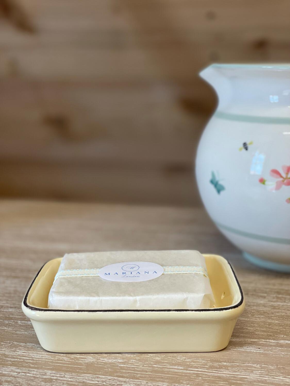 Cream Ceramic Soap Dish and Bath Soap (110g)