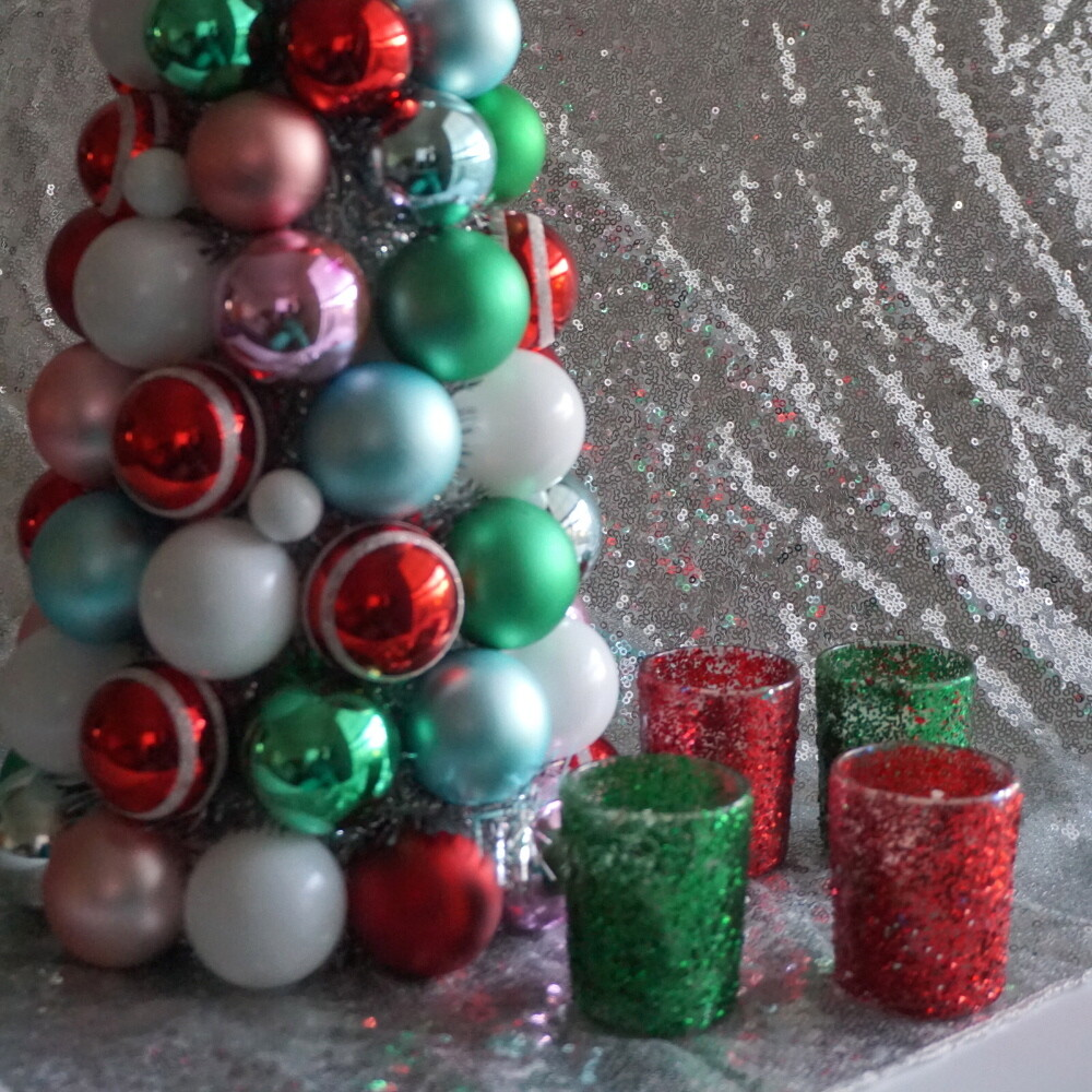 Christmas Glitter Votive Candle Holder Set of 12 & Candles (Green & Red)