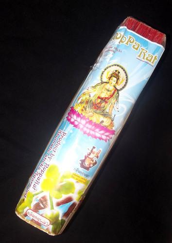 Nopparat Brand Aromatic Incense - Krisssana (Agar) Scented - 800 Gram Pack - 12.5 Inches Fine Smokeless Aroma - Circa 700 Sticks