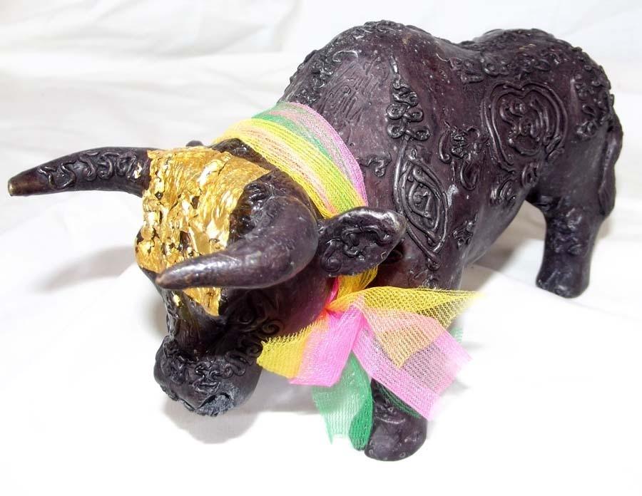 Wua Tanu Bucha Statue Anti Black Magic Protection and Bringer of Sustenance - Takrut Hua Jai Kwai Tanu Pork Krang Putsa - 6.5 Inches long x 4 Inches High - LP Jerd, Suan Badibat Tam Po Sethee 2555 BE