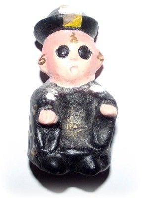 Phii Noi (Jiang Shi) Little Chinese Bouncing Boy-Ghost Kumarn with Pokasap Powers - Ajarn Apichai Decha