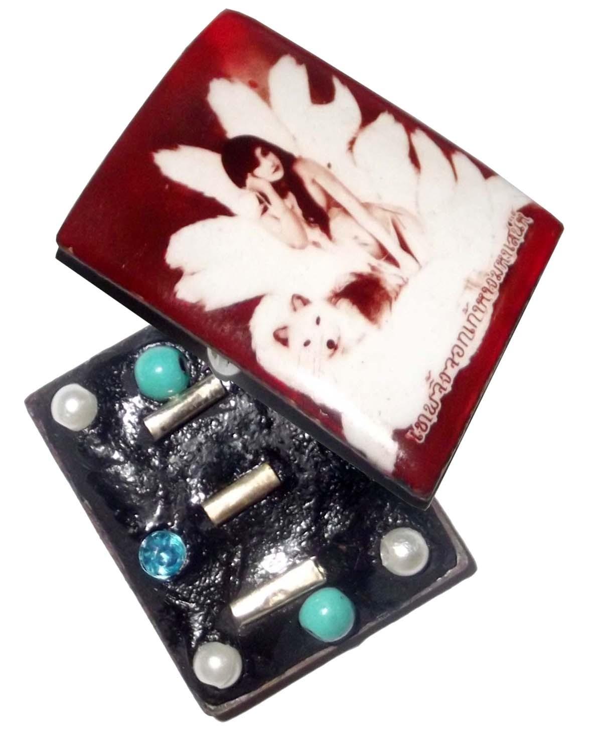 Locket Jing Jork Gao hang (9 Tails Fox) - Demoness Enchantress Locket (small size) - 2 Gems 3 Takrut 4 Pearls + 2 Ploi Sek - Por Phu Noi Dtan (Lanna Laymaster)
