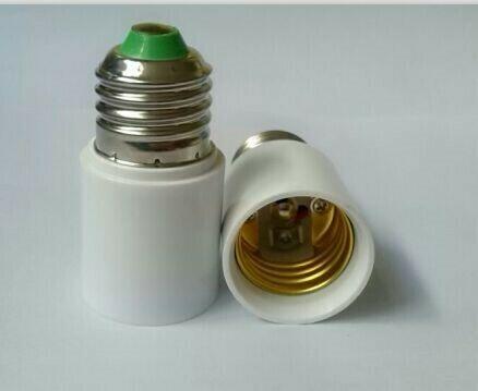Adapter E27 4 cm en 7 cm