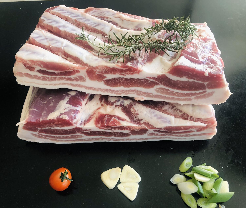 Varkens Buikspek aan het stuk 500gr € 4,95