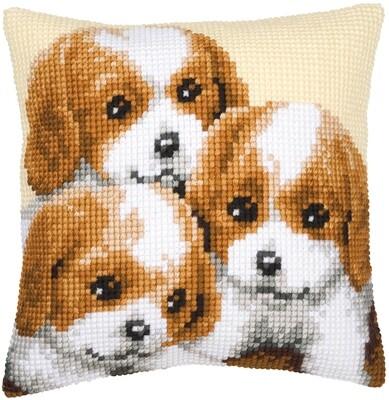 Kruissteek kussen 3 pups