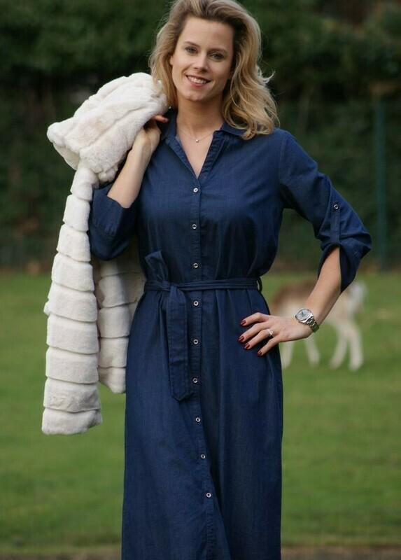Diversa lang jeans kleed met knopen (36 - 50)