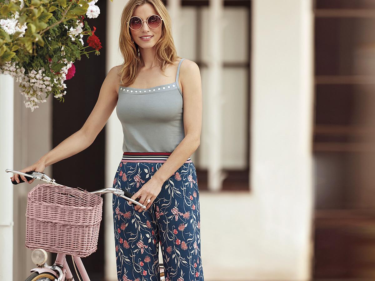 Janira Pants Loo Flowers: tricot broek