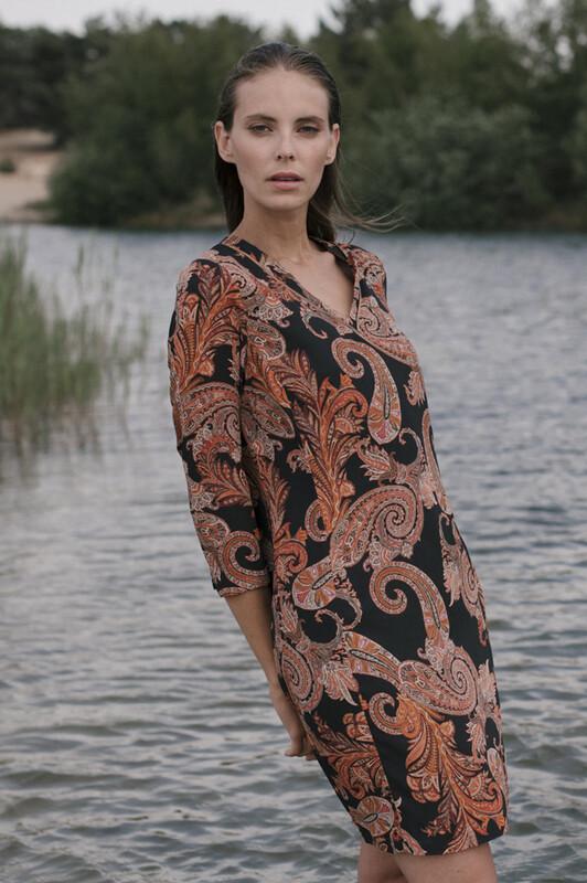 Signe Nature Kleed: Zwart / Roest