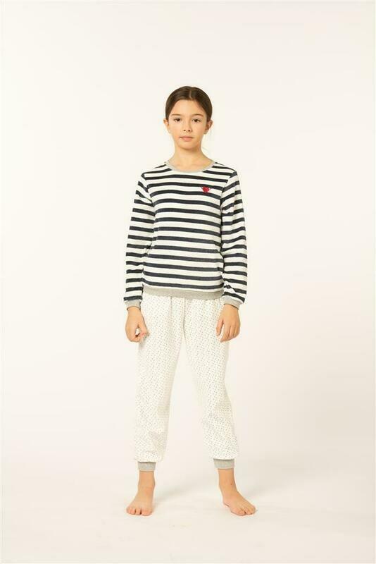 Eskimo meisjes pyjama: Goody Velours ( 10 - 16 )