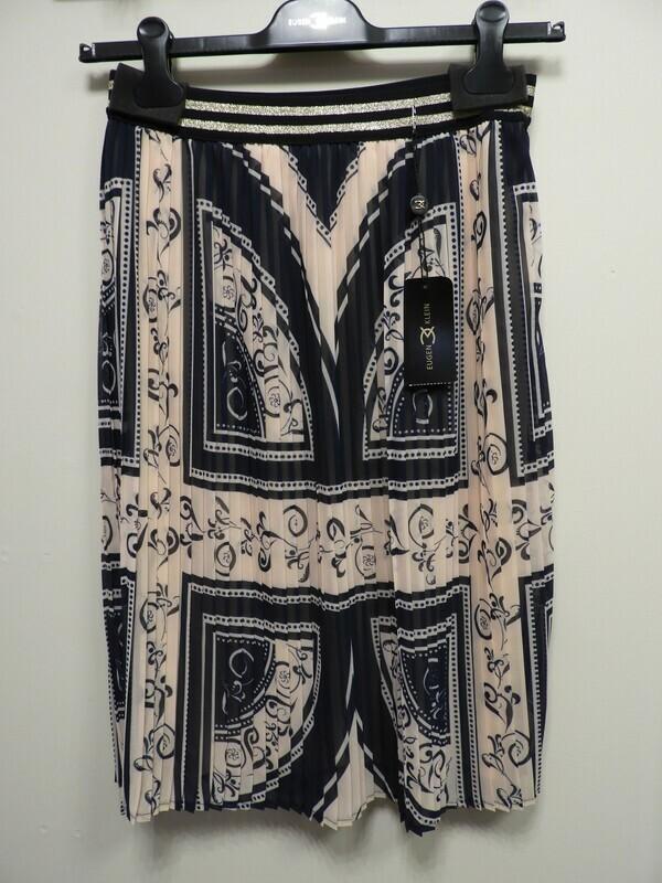 Eugen Klein: Plisse rok met elastiek in de lenden