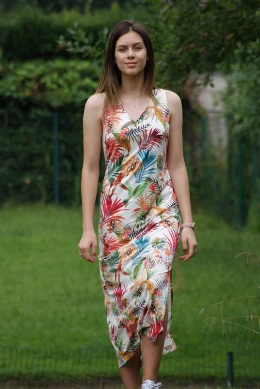 Diversa Kleed: Lili Lang kleed tot maat 52
