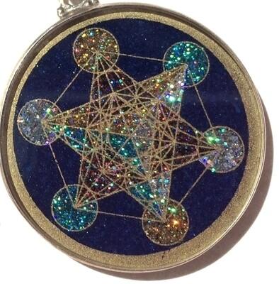 Pingente Pequeno Geometria Sagrada Cubo de Metatron (turmalina preta)