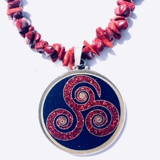 Colar Grande Geometria Sagrada Triple Espiral (lapis lazuli e coral vermelho )