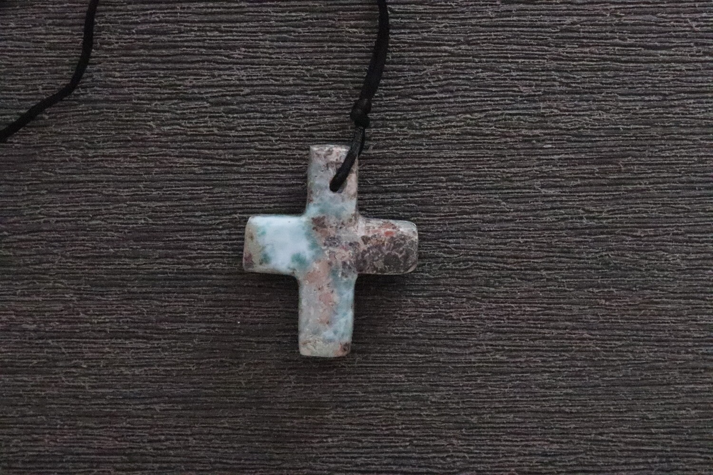 Larimar Cross