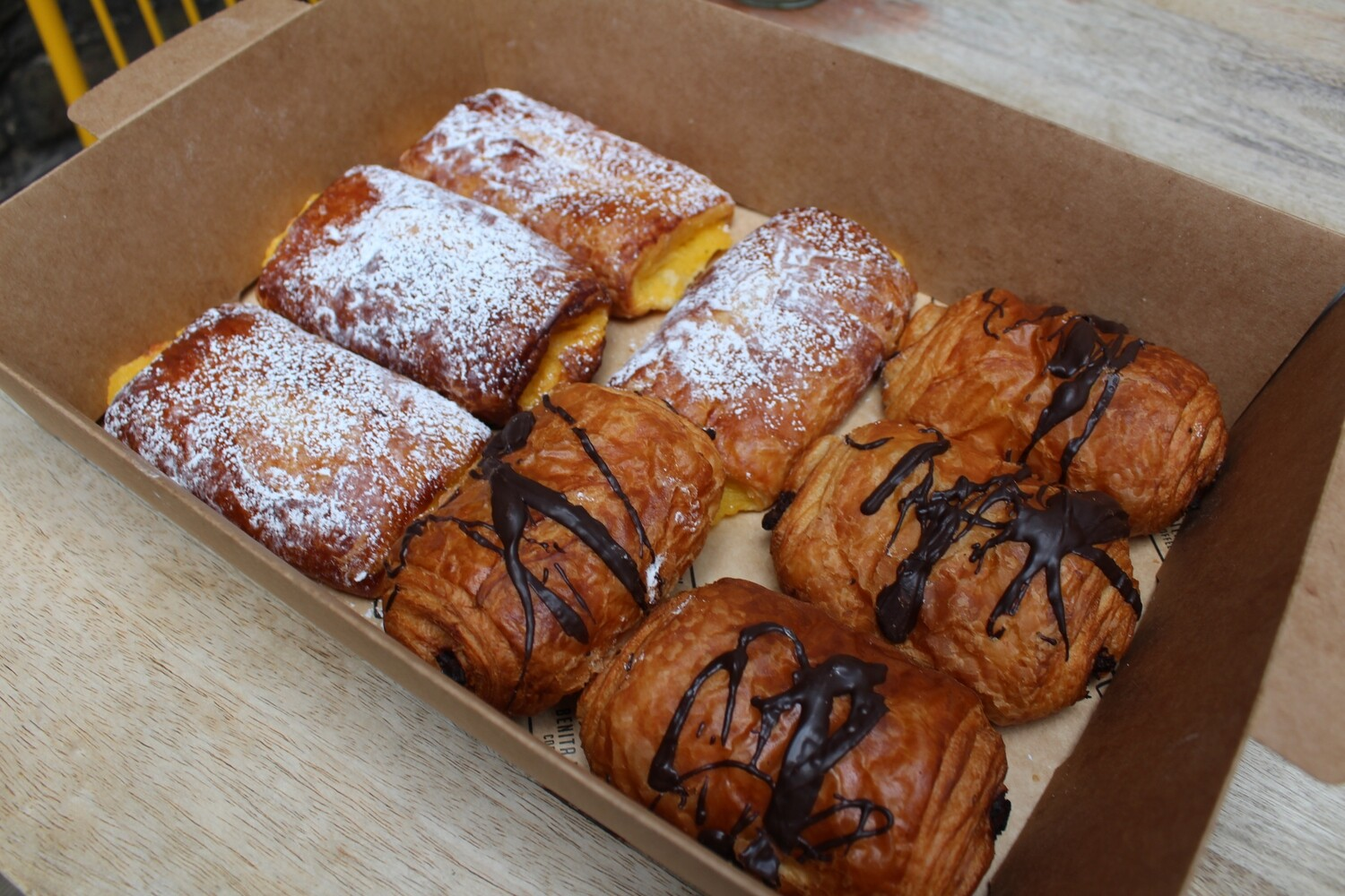 6 Pain Pastries Mix Box