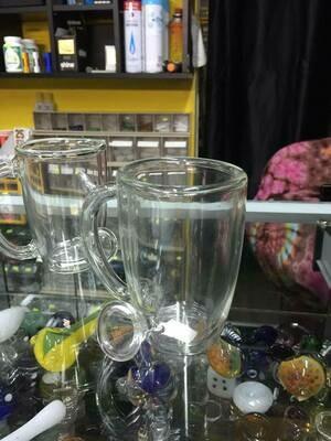 ספל שתיה חמה עם דופן זכוכית כפולה (פייפ) מקטרת