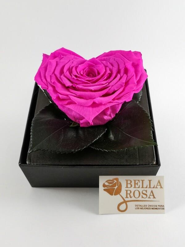 Rosa Preservada Rosada Claro en Forma de Corazón Caja Acrílica