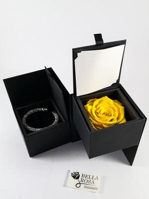 Caja elegante (13 cm x 9 cm ) rosa natural preservada color amarilla( 7 cm x 7 cm )