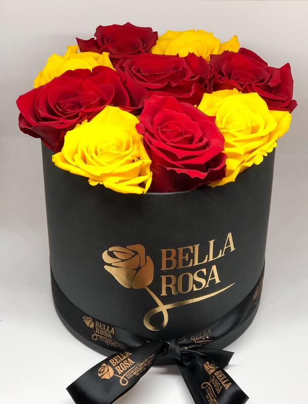Caja redonda con 9 rosas preservadas