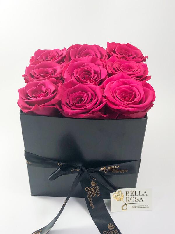 Caja con 9 rosas naturales preservadas