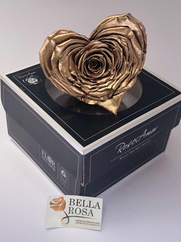 Rosa en forma de corazon dorada