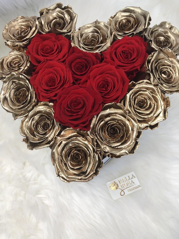 Caja con 18 rosas preservadas, combinación de doradas y rojas
