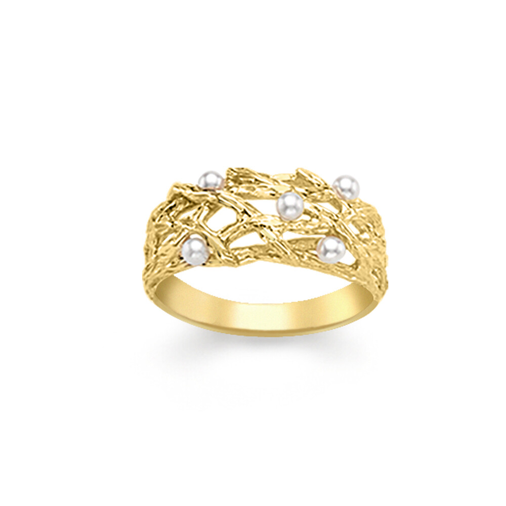 Chic Yellow Gold Pearl Willow Ring