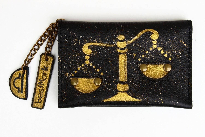 საფულე ნახატით 15x10 სმ - სასწორი / Leather Wallet Libra