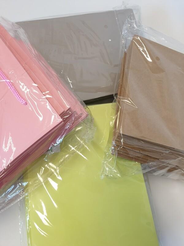 Hand Tie Bag 25 x 18 x 18 cm