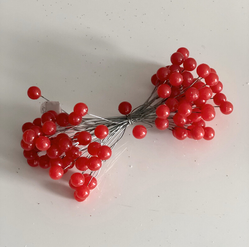 Wired Red Berry Bunch