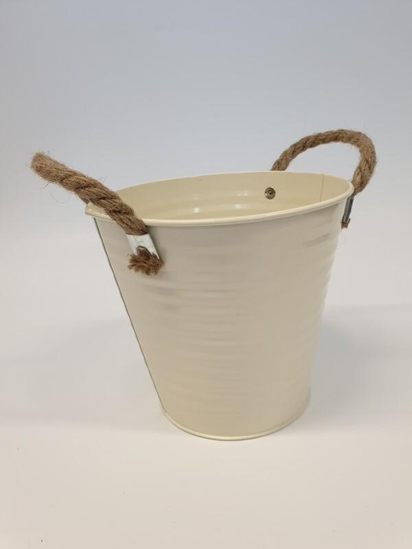 Cream Ribbed Zinc Bucket
