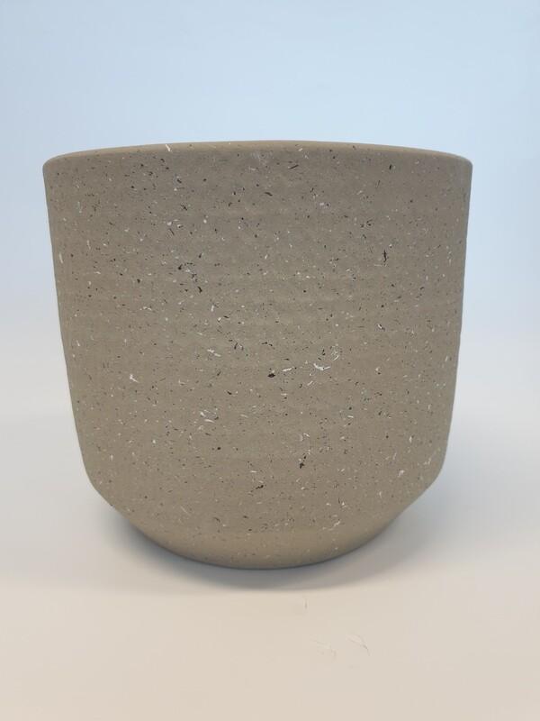 Short Cement Pot