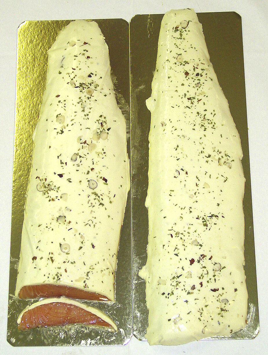 RO Cognac marinated salmon with Cheese spread - Whole fillet (1250-1350g)