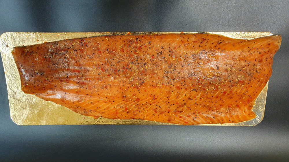 RO Smoked salmon with Spices - whole filet (950-1050g)