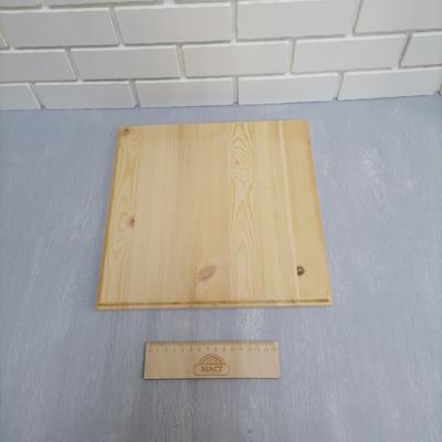 Панно 30х30 см (квадрат) сосна 18