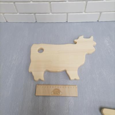 Доска корова 300х220 сосна 18