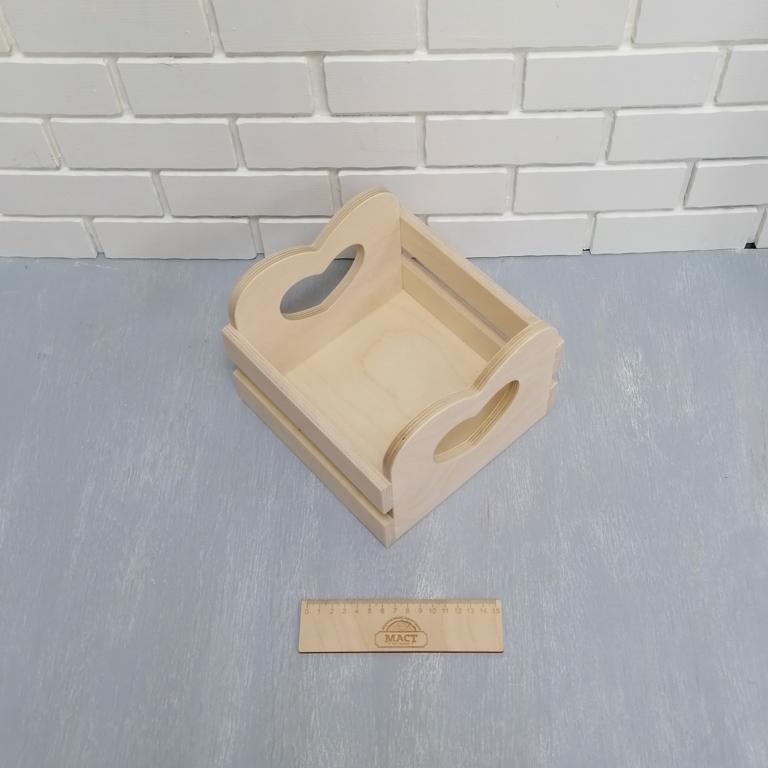 Ящик рейки с сердечком 20х20см фанера 10