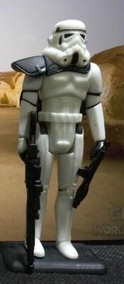 Sandtrooper Figure (Black Pauldron)