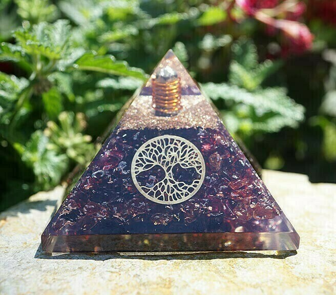 Orgone Pyramid in Garnet with Tree of Life