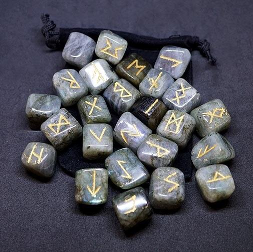 Labradorite Runes