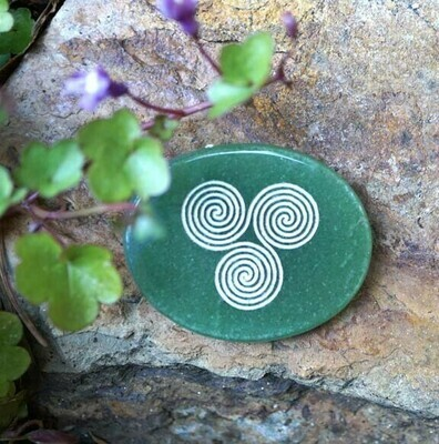 Triskele Palm Stone in Green Aventurine